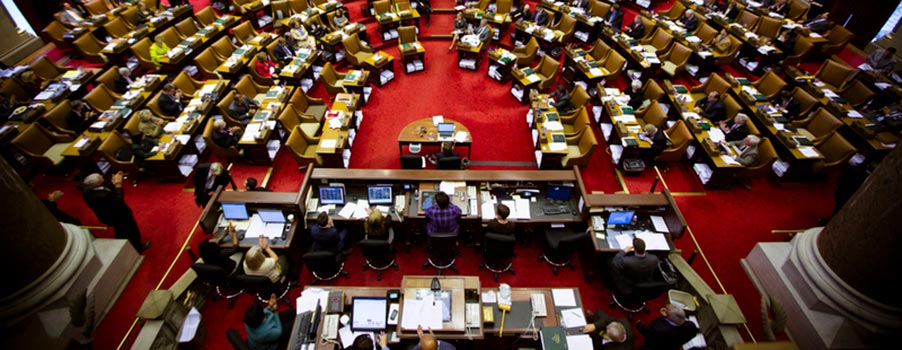 New York Lawmaker Wants Online Poker Bill Passed In June